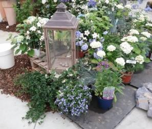 angolo garden bianco e blu